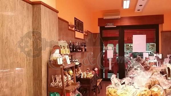 Attivita_Licenza_commerciale_vendita_Torino_foto_print_561226620