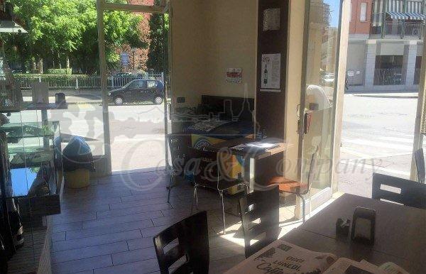 Attivita_Licenza_commerciale_vendita_Torino_foto_print_608122794